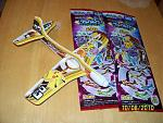 Lift Glider, a Pokémon foam airplane. There are six different designs. Pictured is the Raikou and Pikachu one and one that is not opened.